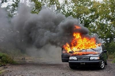 جلوگیری از انفجار و ترکیدگی باتری ماشین