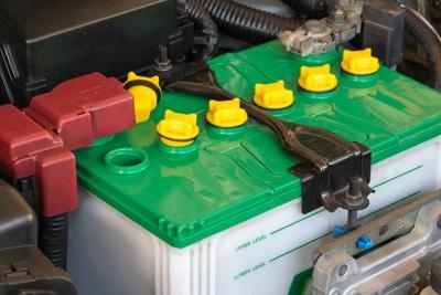 وظایف اصلی باتری ماشین و نقش باطری در خودرو