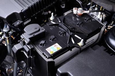 چرا باتری خودرو خالی می شود