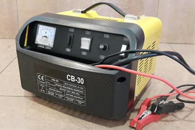 شارژر قابل حمل باتری ماشین شارژ اضطراری باطری خودرو