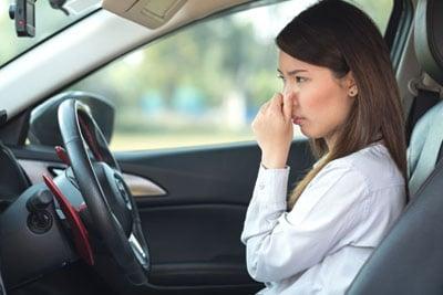 شناسایی انواع بوهای بد داخل کابین خودرو