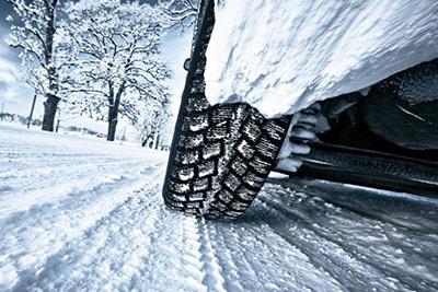 رانندگی در هوای برفی زمستان