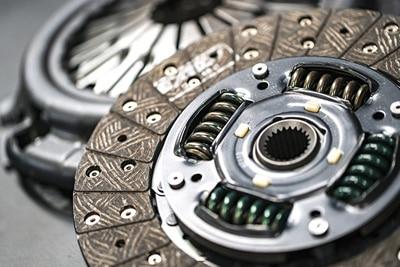 کلاچ خودرو چیست و چگونه کار می کند
